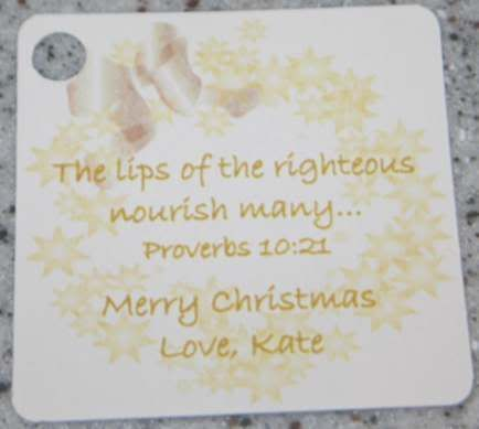 15 PERSONALIZED GOLD WREATH CHRISTMAS FAVOR GIFT TAGS